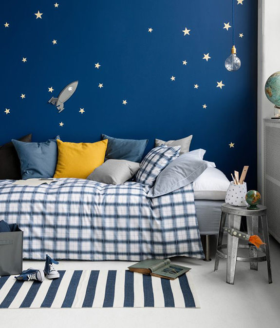 Kids Bedroom Accent Wall bold accent wall ideas for kids room | marker girl